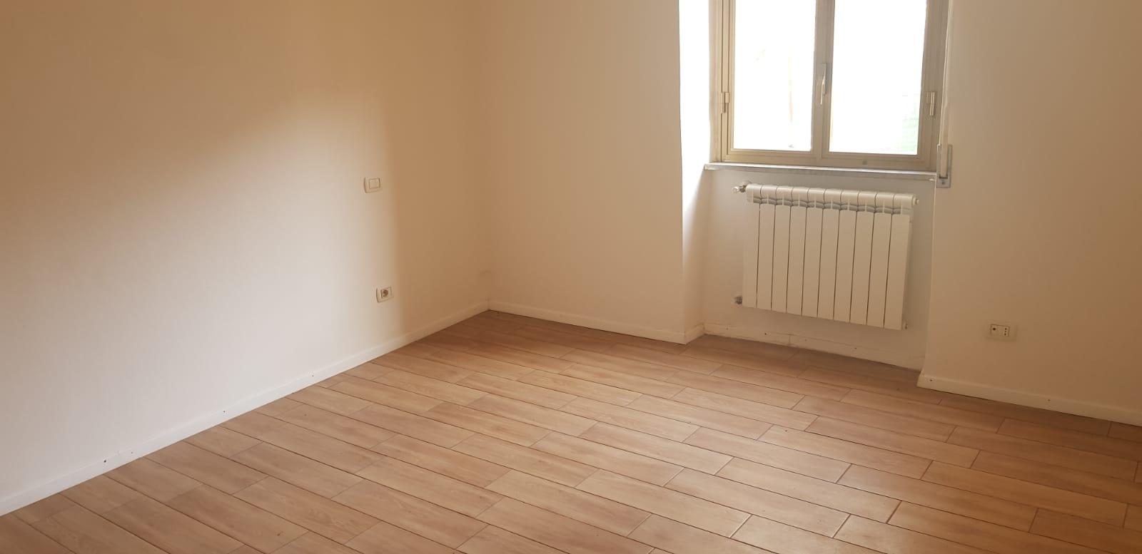 https://www.progettocasa1.it/immagini_immobili/01-02-2020/appartamento-vendita-colleferro-roma-via-delle-sorbe-40-604.jpg