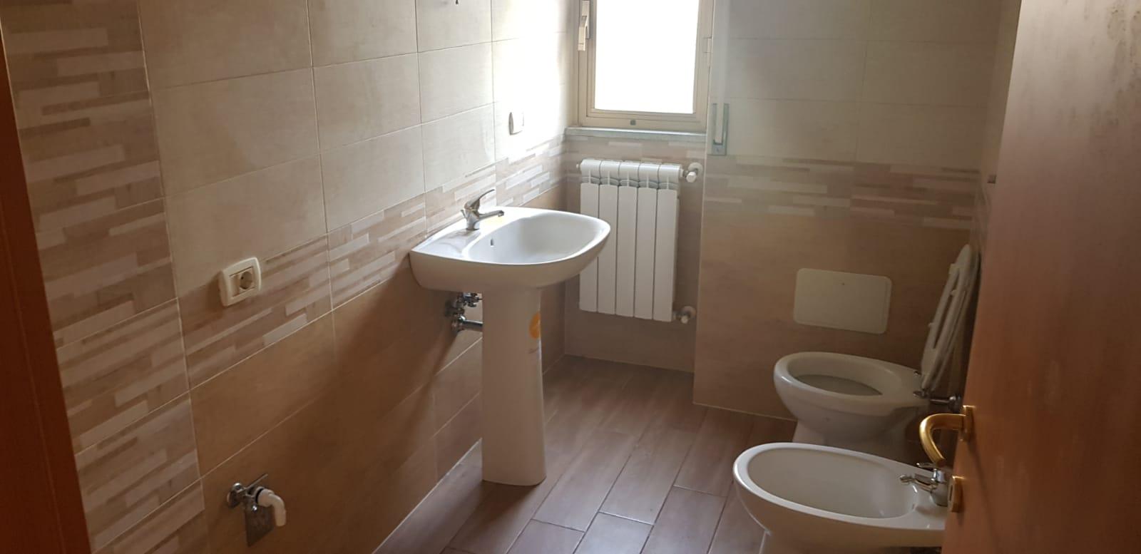 https://www.progettocasa1.it/immagini_immobili/01-02-2020/appartamento-vendita-colleferro-roma-via-delle-sorbe-40-731.jpg