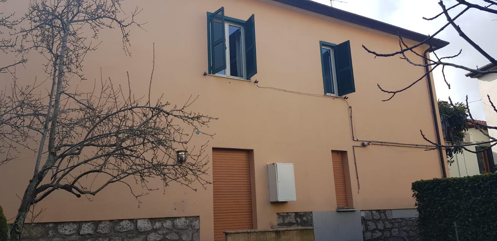 https://www.progettocasa1.it/immagini_immobili/01-02-2020/appartamento-vendita-colleferro-roma-via-delle-sorbe-40-735.jpg