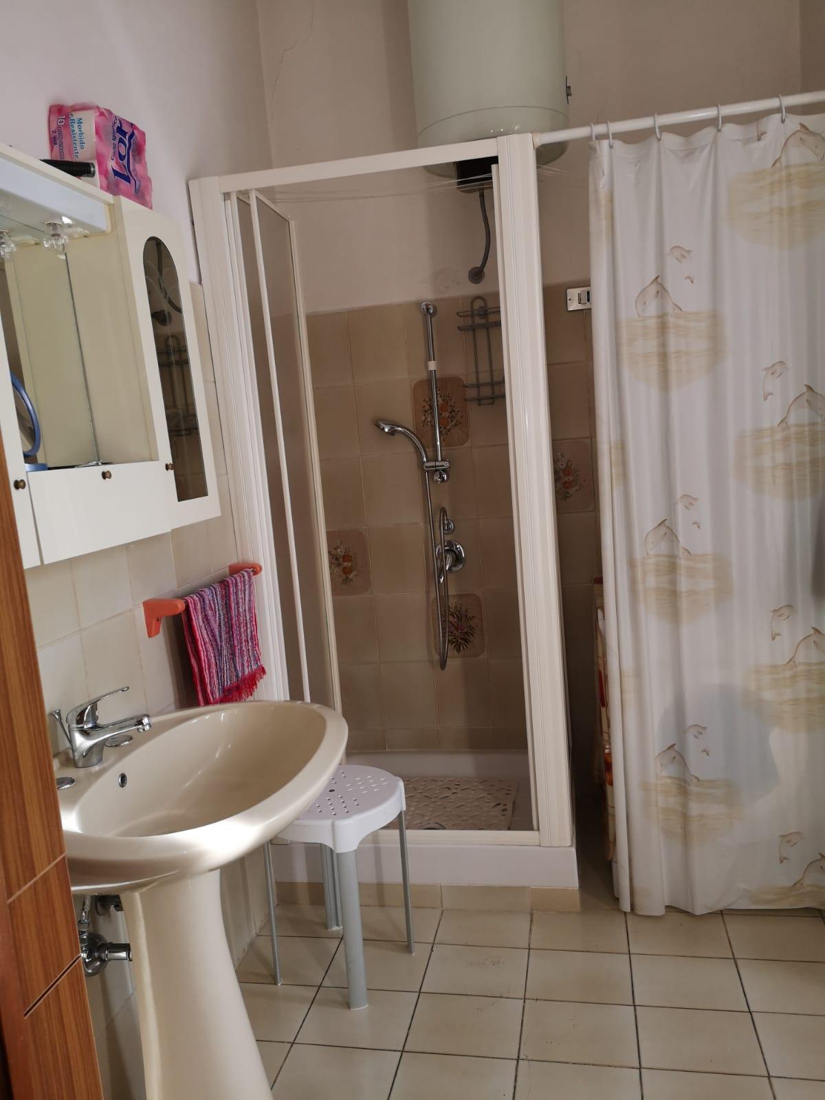 https://www.progettocasa1.it/immagini_immobili/01-10-2019/appartamento-vendita-colleferro-roma-corso-turati-122-616.jpg