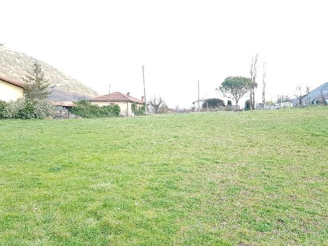 https://www.progettocasa1.it/immagini_immobili/02-03-2018/terreno-vendita-segni-roma-via-carpinetana-ovest-277.jpg