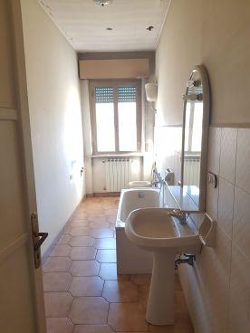 https://www.progettocasa1.it/immagini_immobili/02-03-2020/appartamento-vendita-colleferro-roma-via-aprilia-2-683.jpg