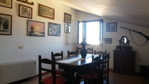 https://www.progettocasa1.it/immagini_immobili/02-08-2019/appartamento-vendita-colleferro-roma-via-dei-gelsi-4-590.jpg