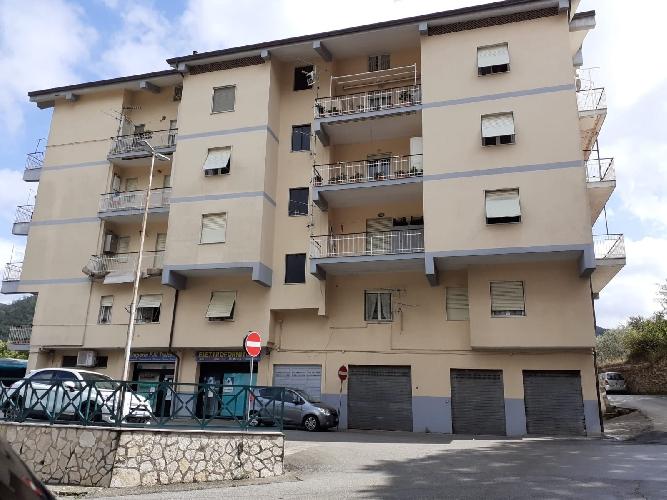 https://www.progettocasa1.it/immagini_immobili/02-10-2020/appartamento-vendita-montelanico-roma-via-della-libert-578.jpg