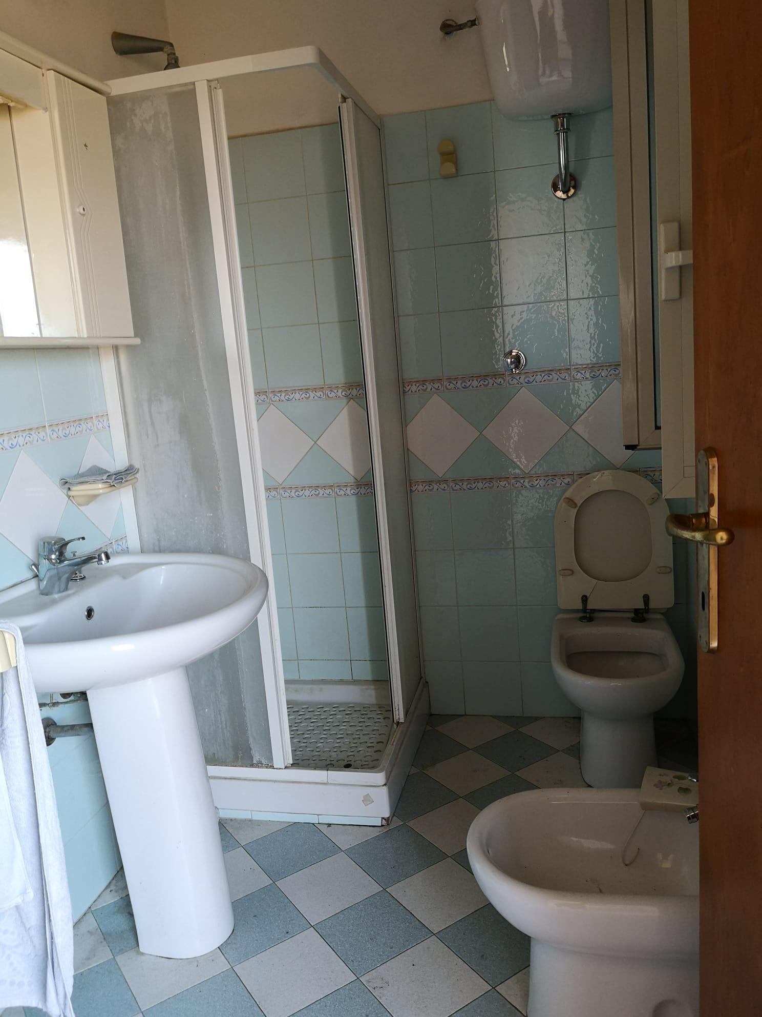 https://www.progettocasa1.it/immagini_immobili/03-03-2020/appartamento-vendita-gavignano-roma-via-delle-garzie-23-575.jpg