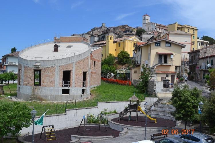 http://www.progettocasa1.it/immagini_immobili/03-07-2017/soluzione-indipendente-vendita-gavignano-roma-via-ungheria-417.jpg