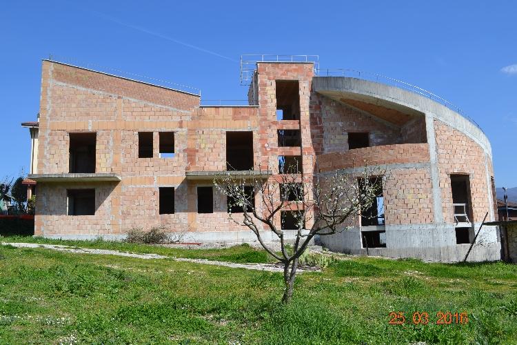 http://www.progettocasa1.it/immagini_immobili/03-07-2017/soluzione-indipendente-vendita-gavignano-roma-via-ungheria-451.jpg
