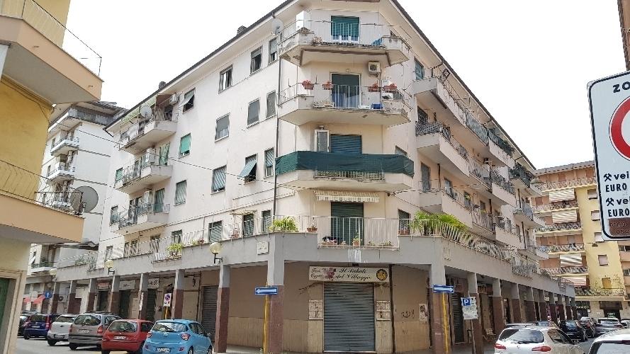https://www.progettocasa1.it/immagini_immobili/03-09-2018/appartamento-vendita-colleferro-roma-via-enrico-ferri-3-526.jpg