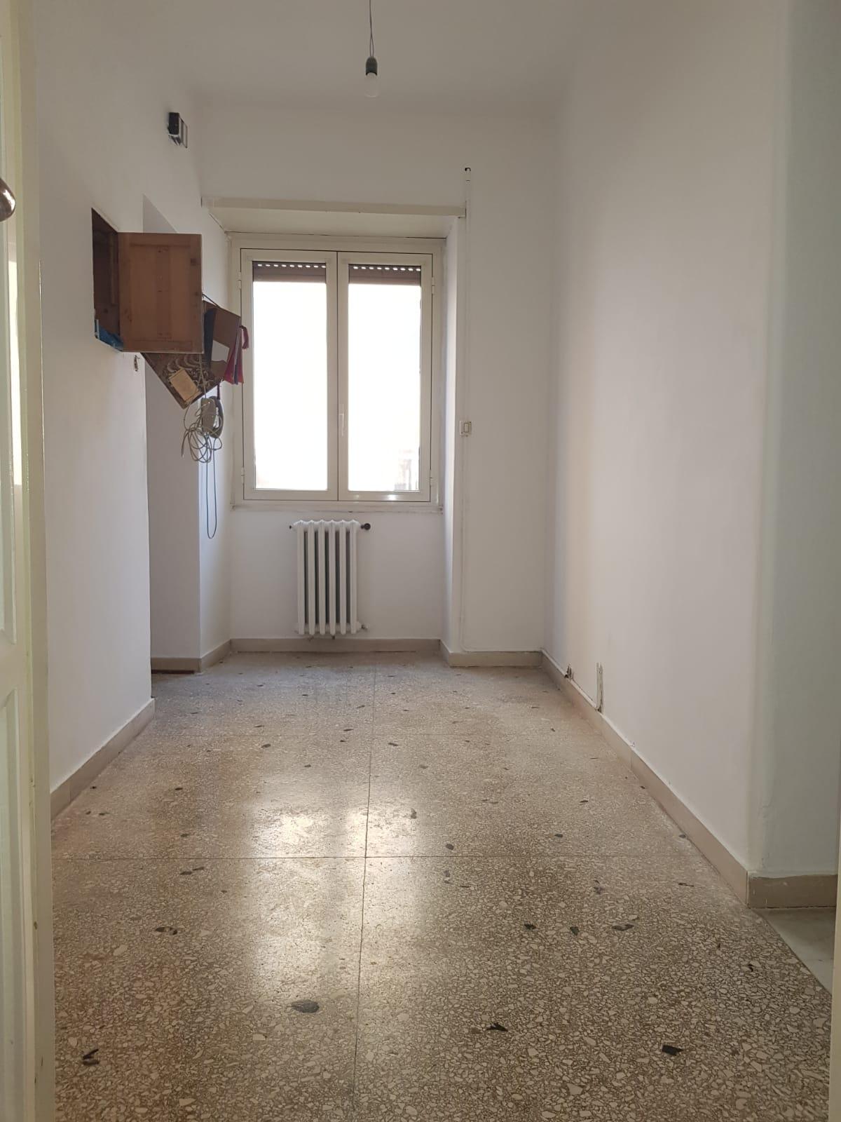 https://www.progettocasa1.it/immagini_immobili/03-09-2020/appartamento-vendita-colleferro-roma-via-santa-barbara-2-518.jpg