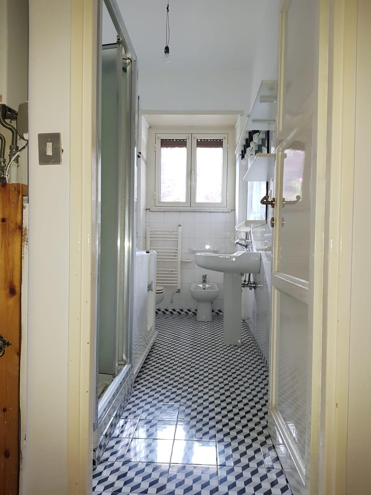 https://www.progettocasa1.it/immagini_immobili/03-09-2020/appartamento-vendita-colleferro-roma-via-santa-barbara-2-522.jpg