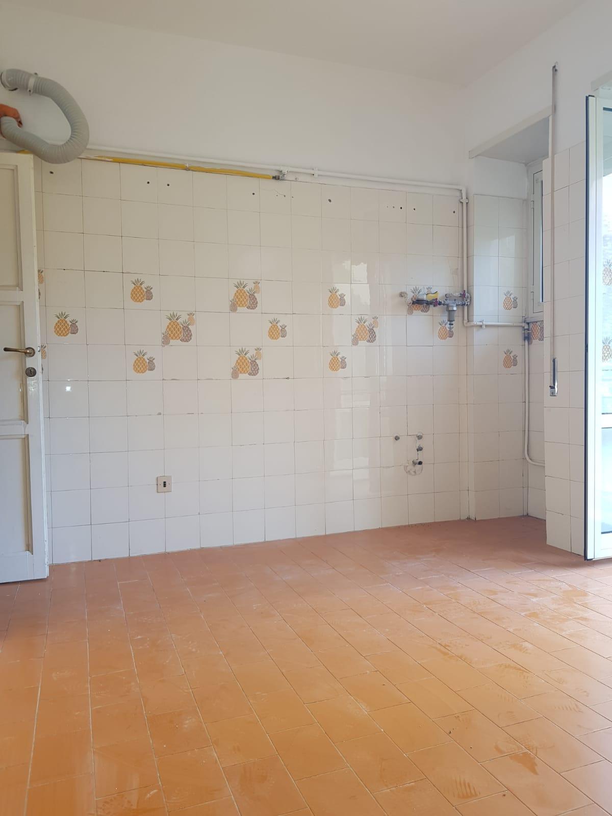 https://www.progettocasa1.it/immagini_immobili/03-09-2020/appartamento-vendita-colleferro-roma-via-santa-barbara-2-524.jpg