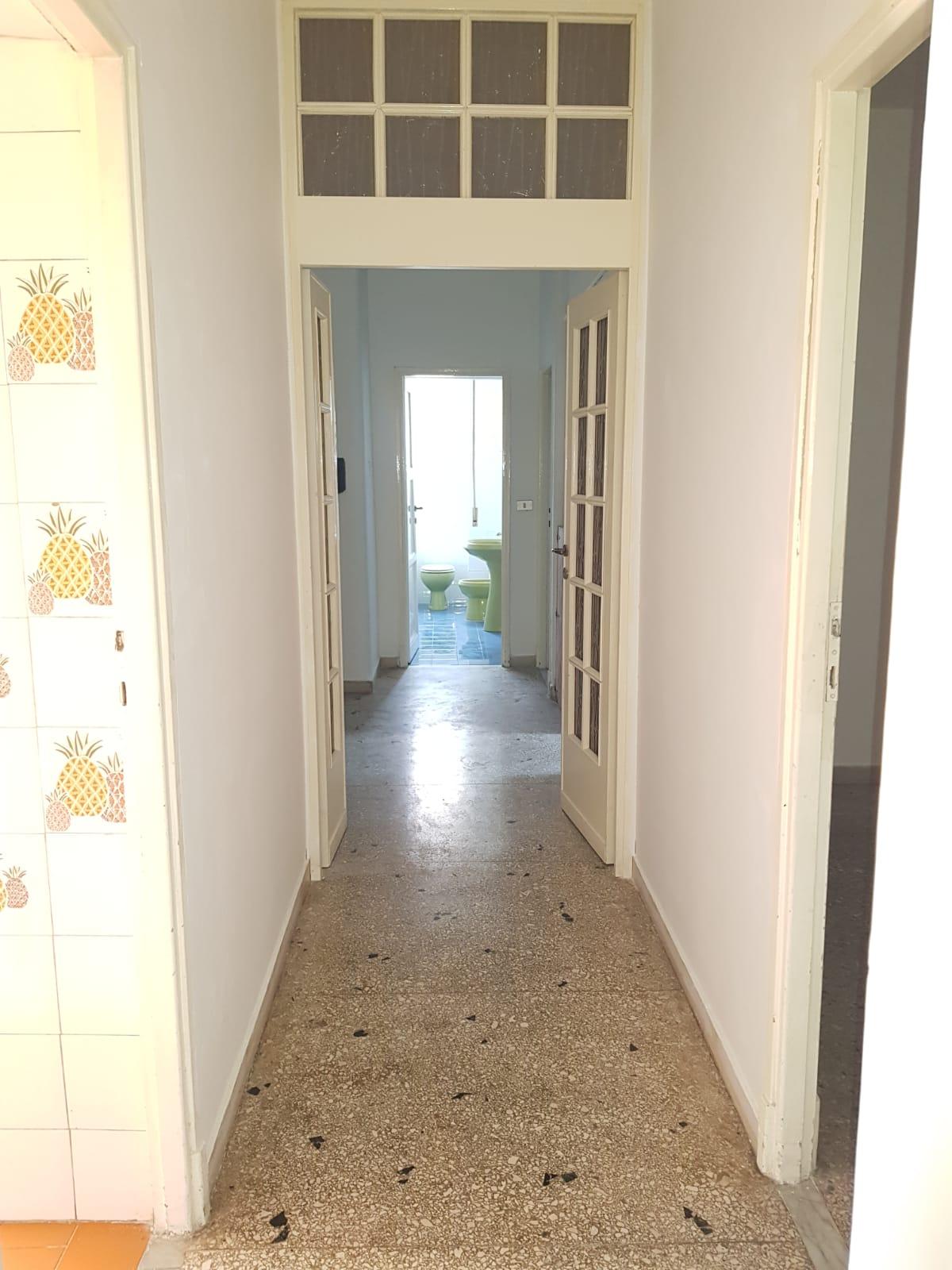 https://www.progettocasa1.it/immagini_immobili/03-09-2020/appartamento-vendita-colleferro-roma-via-santa-barbara-2-527.jpg