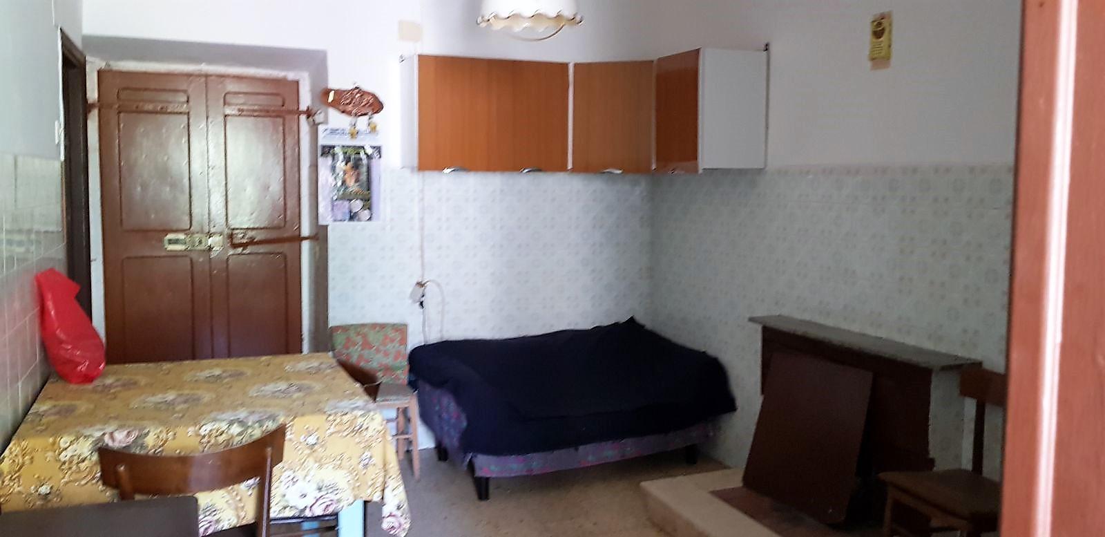 https://www.progettocasa1.it/immagini_immobili/04-05-2018/appartamento-vendita-sonnino-lt-via-borgo-s-antonio-104.jpg