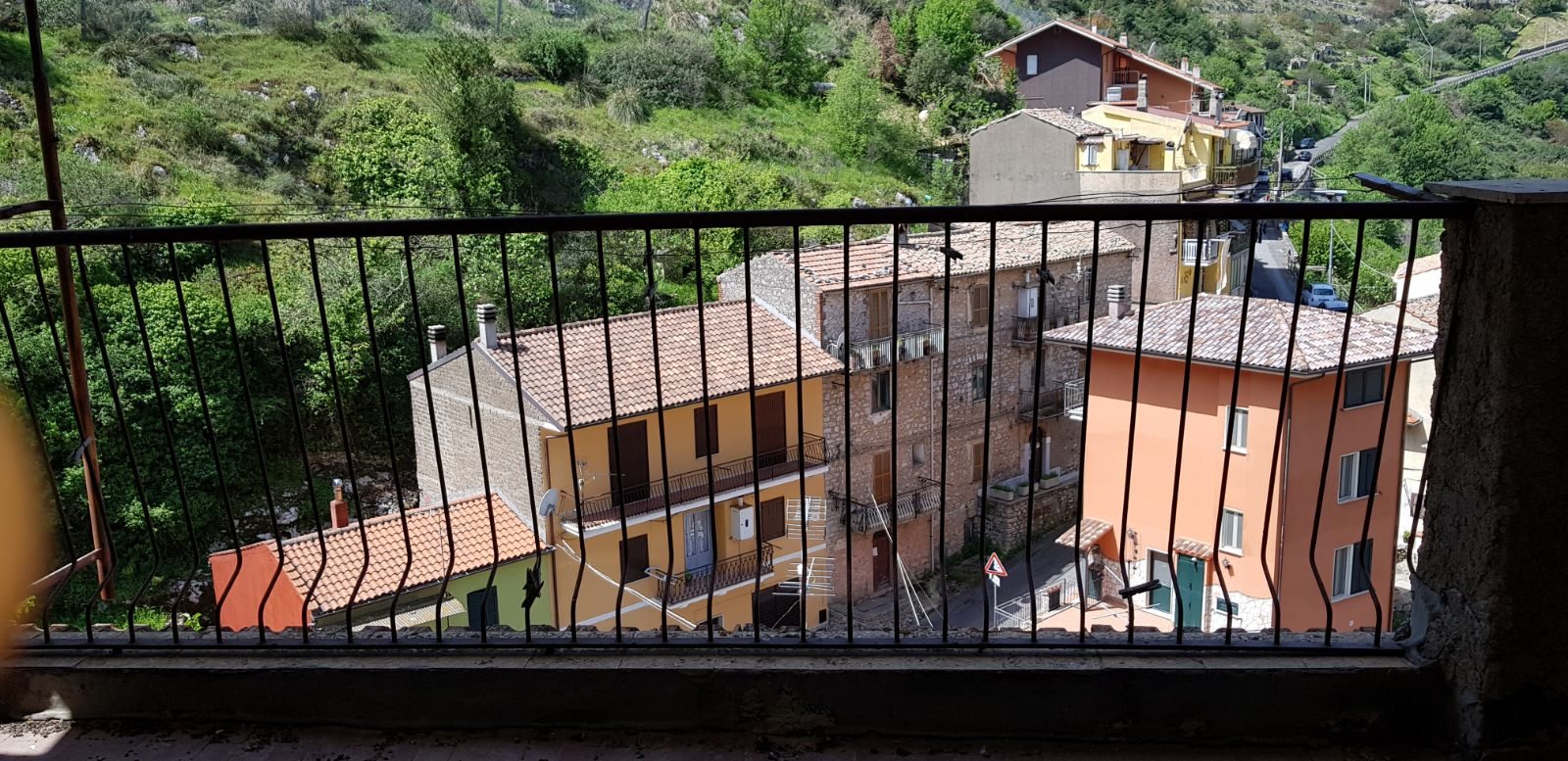 https://www.progettocasa1.it/immagini_immobili/04-05-2018/appartamento-vendita-sonnino-lt-via-borgo-s-antonio-109.jpg