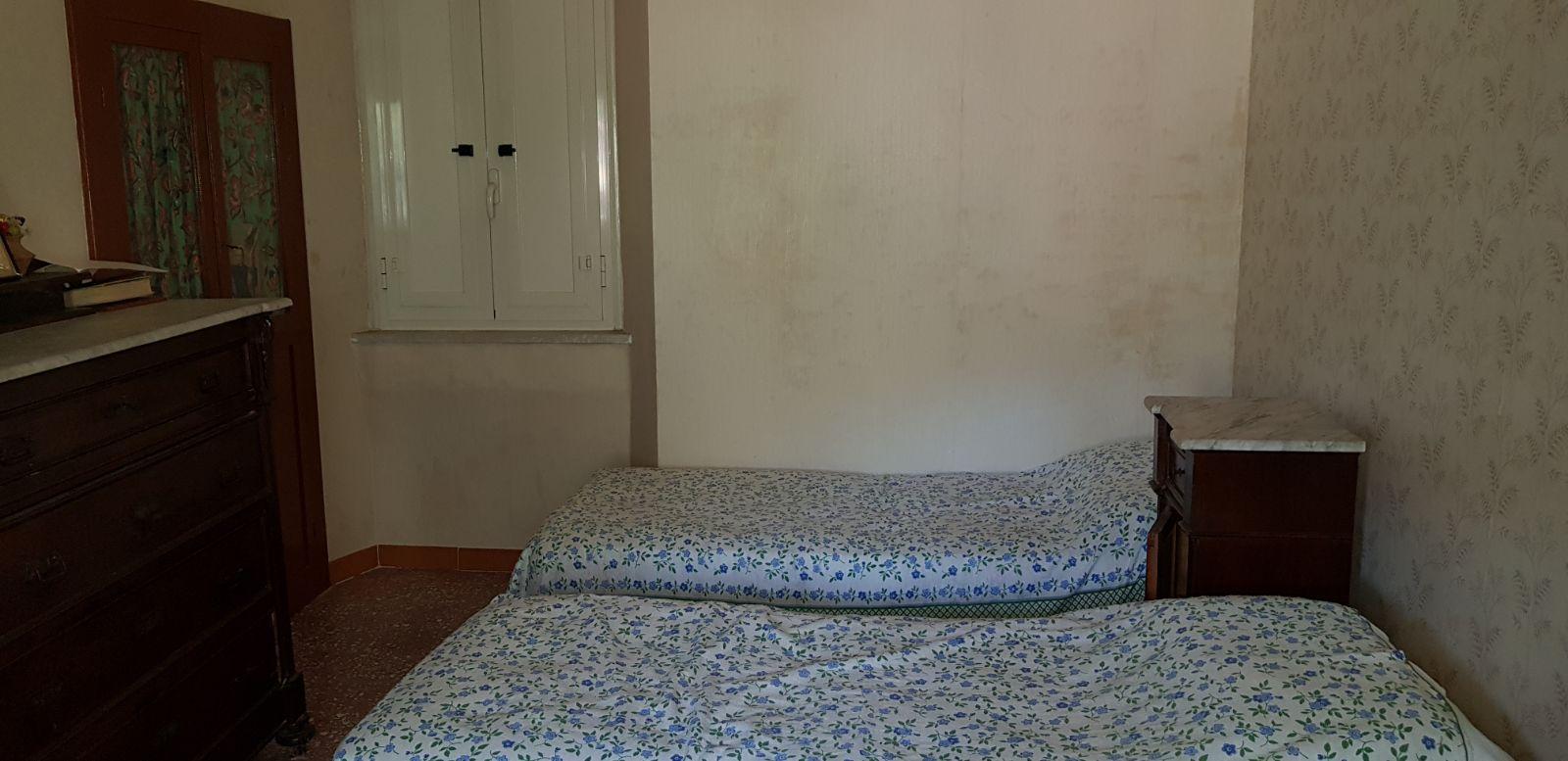https://www.progettocasa1.it/immagini_immobili/04-05-2018/appartamento-vendita-sonnino-lt-via-borgo-s-antonio-162.jpg