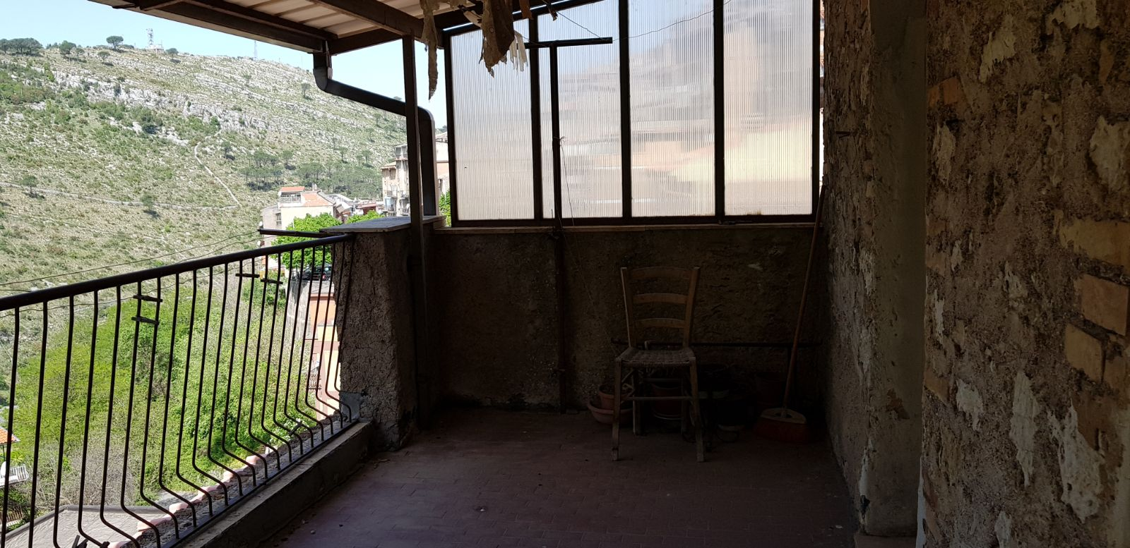 https://www.progettocasa1.it/immagini_immobili/04-05-2018/appartamento-vendita-sonnino-lt-via-borgo-s-antonio-71.jpg