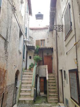 https://www.progettocasa1.it/immagini_immobili/04-06-2020/appartamento-vendita-colleferro-roma-via-corte-vecchia64-446.jpg