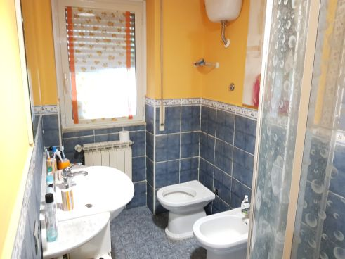 https://www.progettocasa1.it/immagini_immobili/04-09-2019/appartamento-vendita-colleferro-roma-via-giuseppe-di-vittorio-64-594.jpg