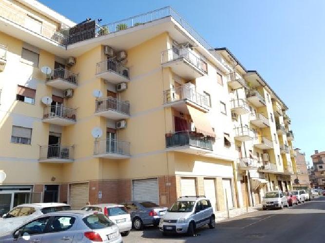 https://www.progettocasa1.it/immagini_immobili/04-09-2019/appartamento-vendita-colleferro-roma-via-giuseppe-di-vittorio-64-922.jpg