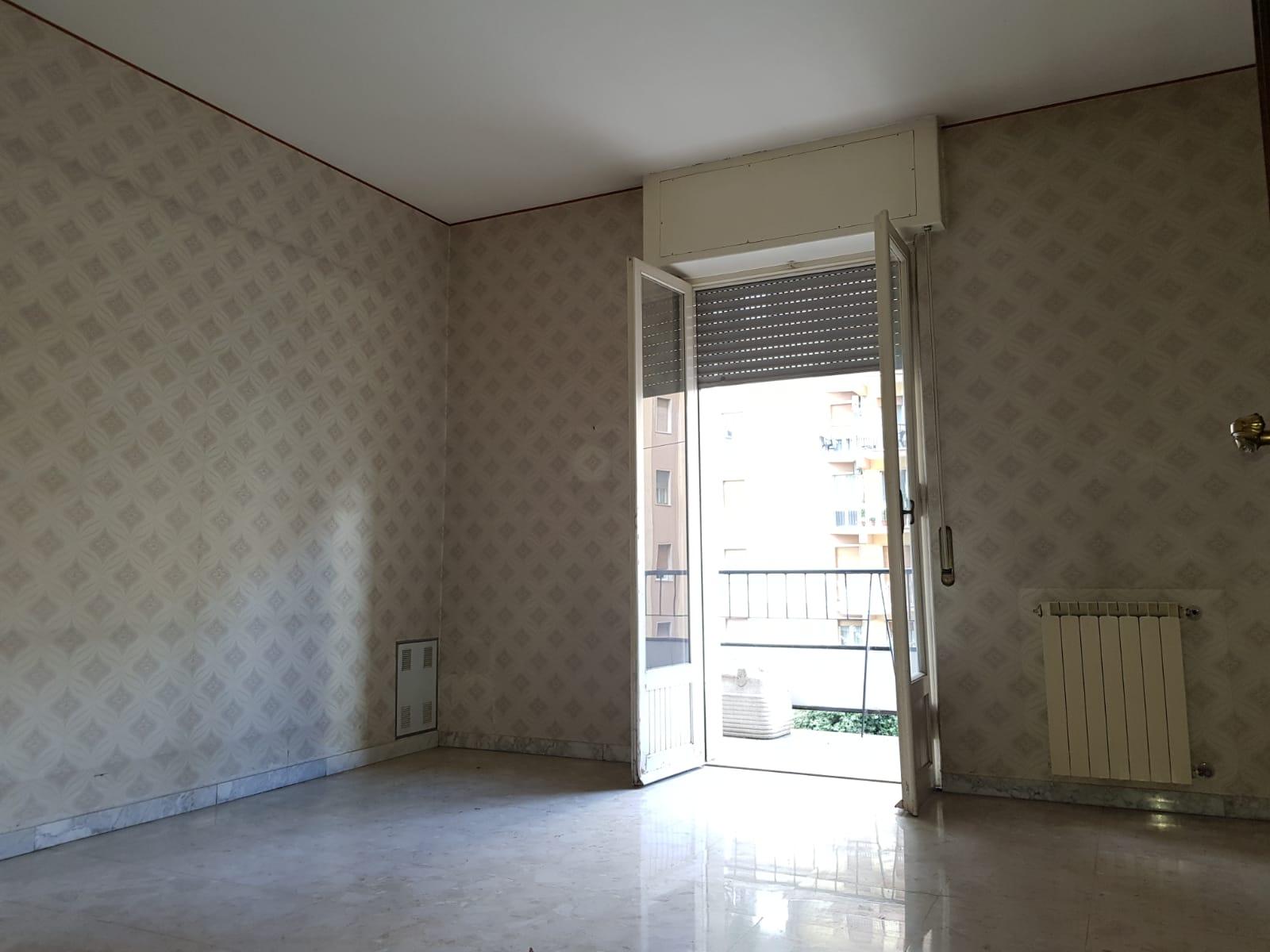 https://www.progettocasa1.it/immagini_immobili/04-10-2019/appartamento-vendita-colleferro-roma-via-salvo-dacquisto-19-341.jpg