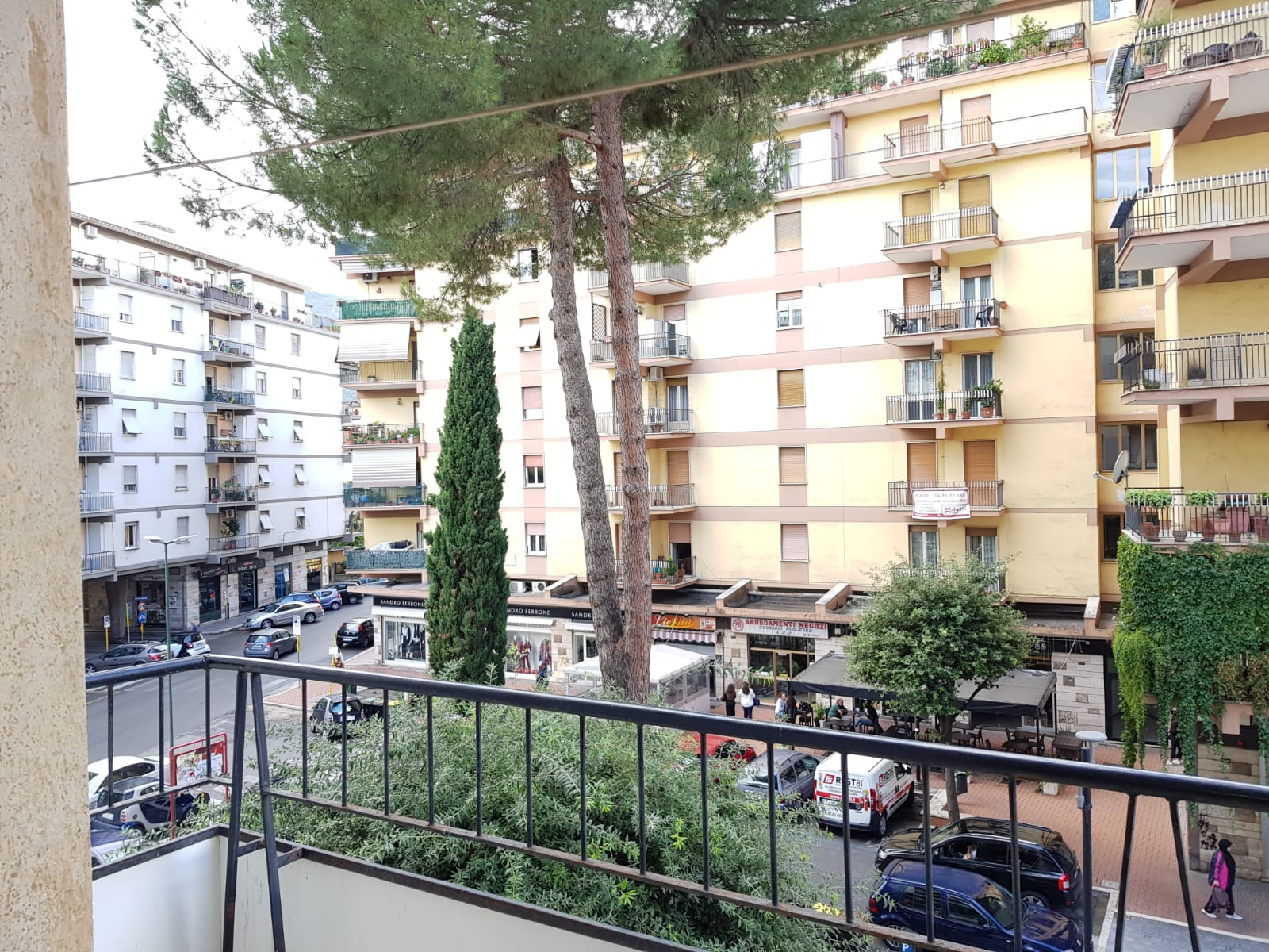 https://www.progettocasa1.it/immagini_immobili/04-10-2019/appartamento-vendita-colleferro-roma-via-salvo-dacquisto-19-423.jpg