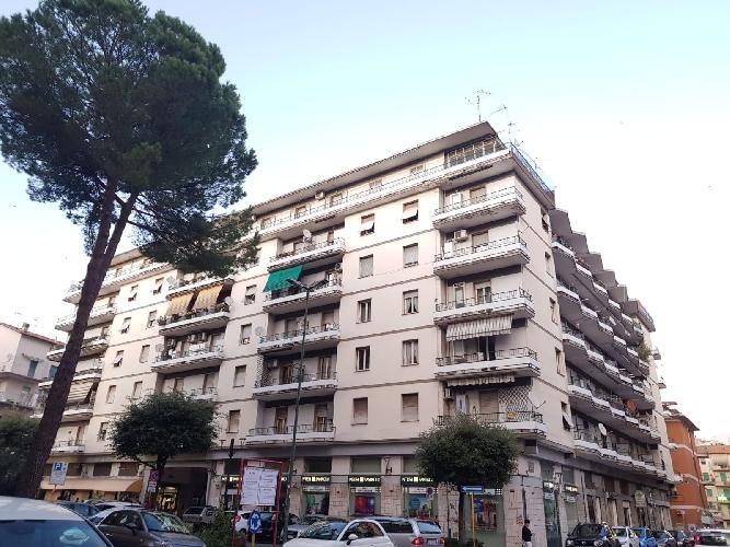 https://www.progettocasa1.it/immagini_immobili/04-10-2019/appartamento-vendita-colleferro-roma-via-salvo-dacquisto-19-757.jpg