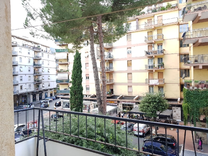 https://www.progettocasa1.it/immagini_immobili/04-10-2019/appartamento-vendita-colleferro-roma-via-salvo-dacquisto-19-768.jpg