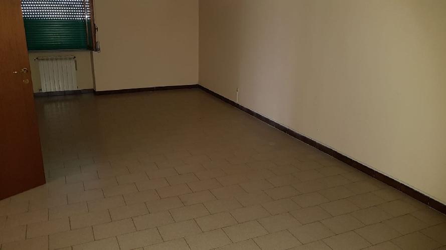 https://www.progettocasa1.it/immagini_immobili/05-06-2018/appartamento-vendita-colleferro-roma-via-pontinia-1-270.jpg