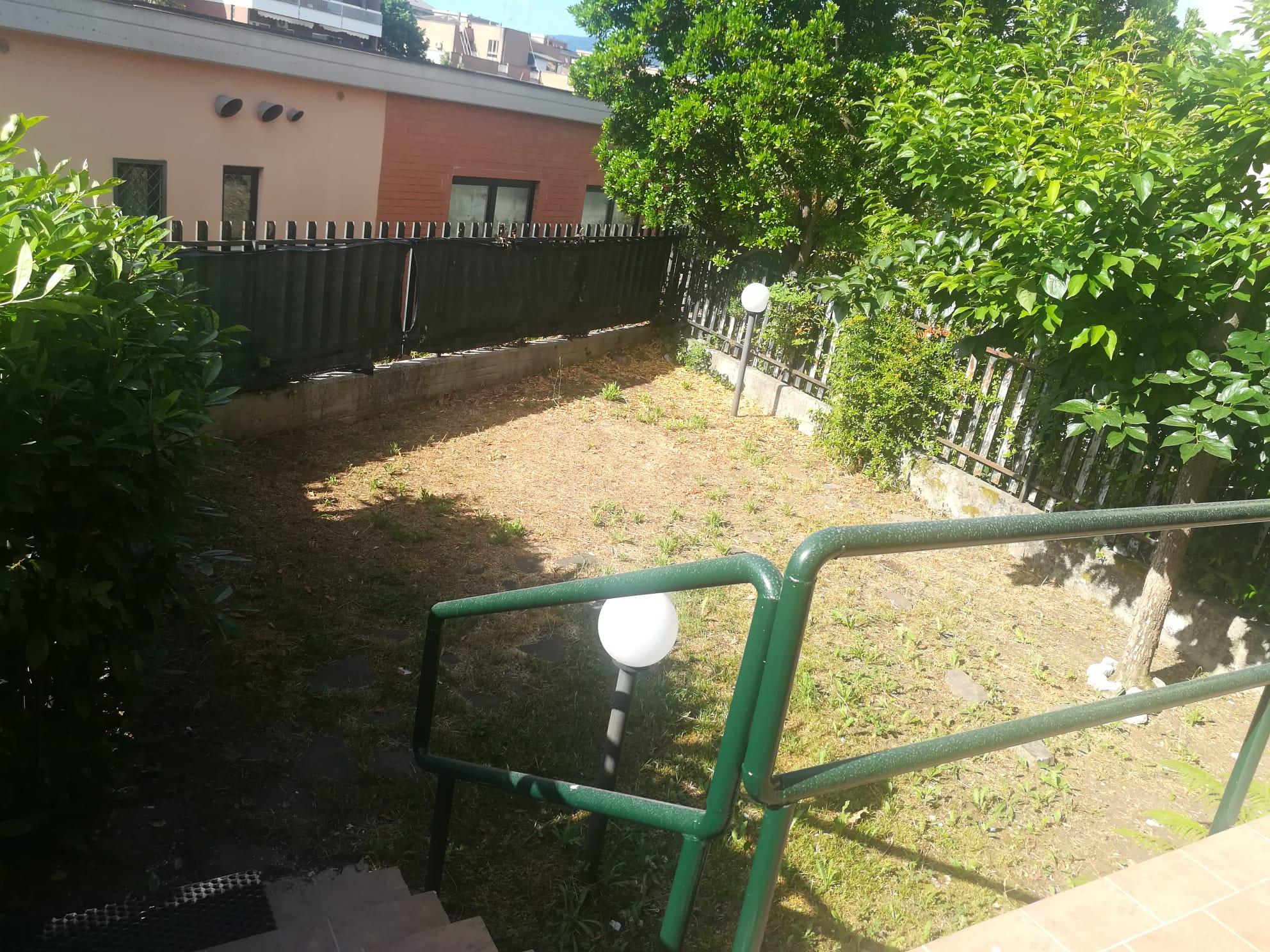 https://www.progettocasa1.it/immagini_immobili/05-06-2020/soluzione-indipendente-vendita-colleferro-roma-via-fontana-delloste-13-824.jpg