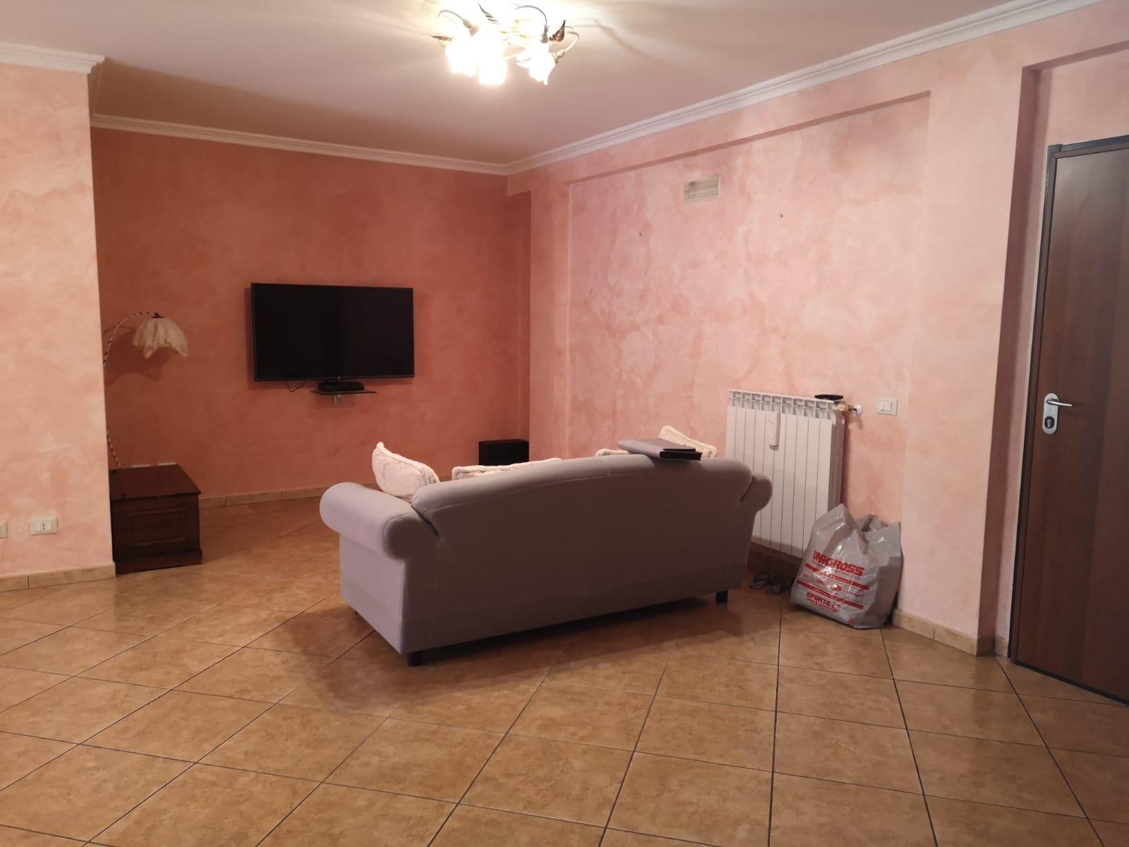 https://www.progettocasa1.it/immagini_immobili/05-08-2020/appartamento-vendita-colleferro-roma-via-oriana-fallaci-667.jpg