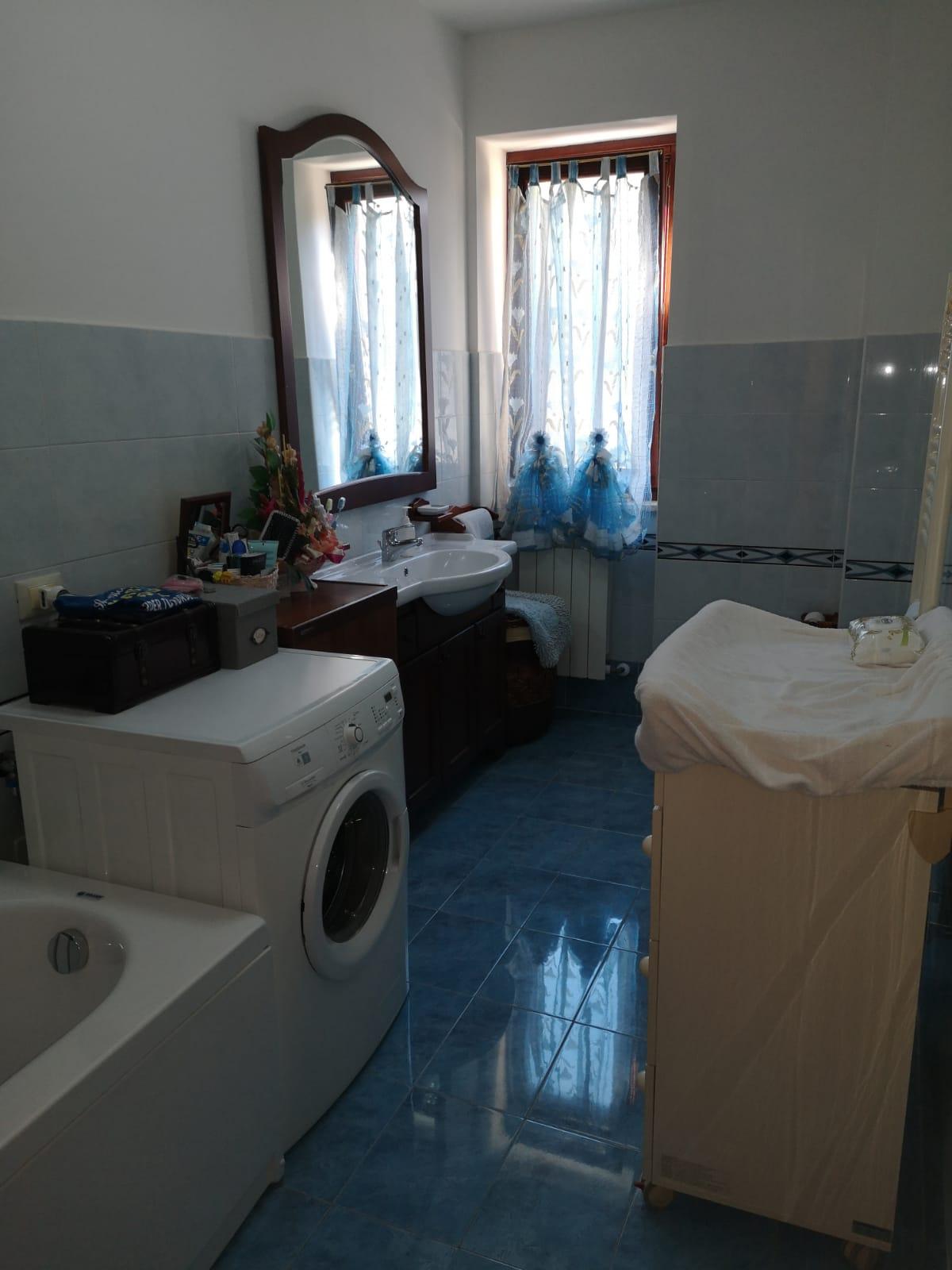 https://www.progettocasa1.it/immagini_immobili/05-08-2020/appartamento-vendita-colleferro-roma-via-oriana-fallaci-669.jpg