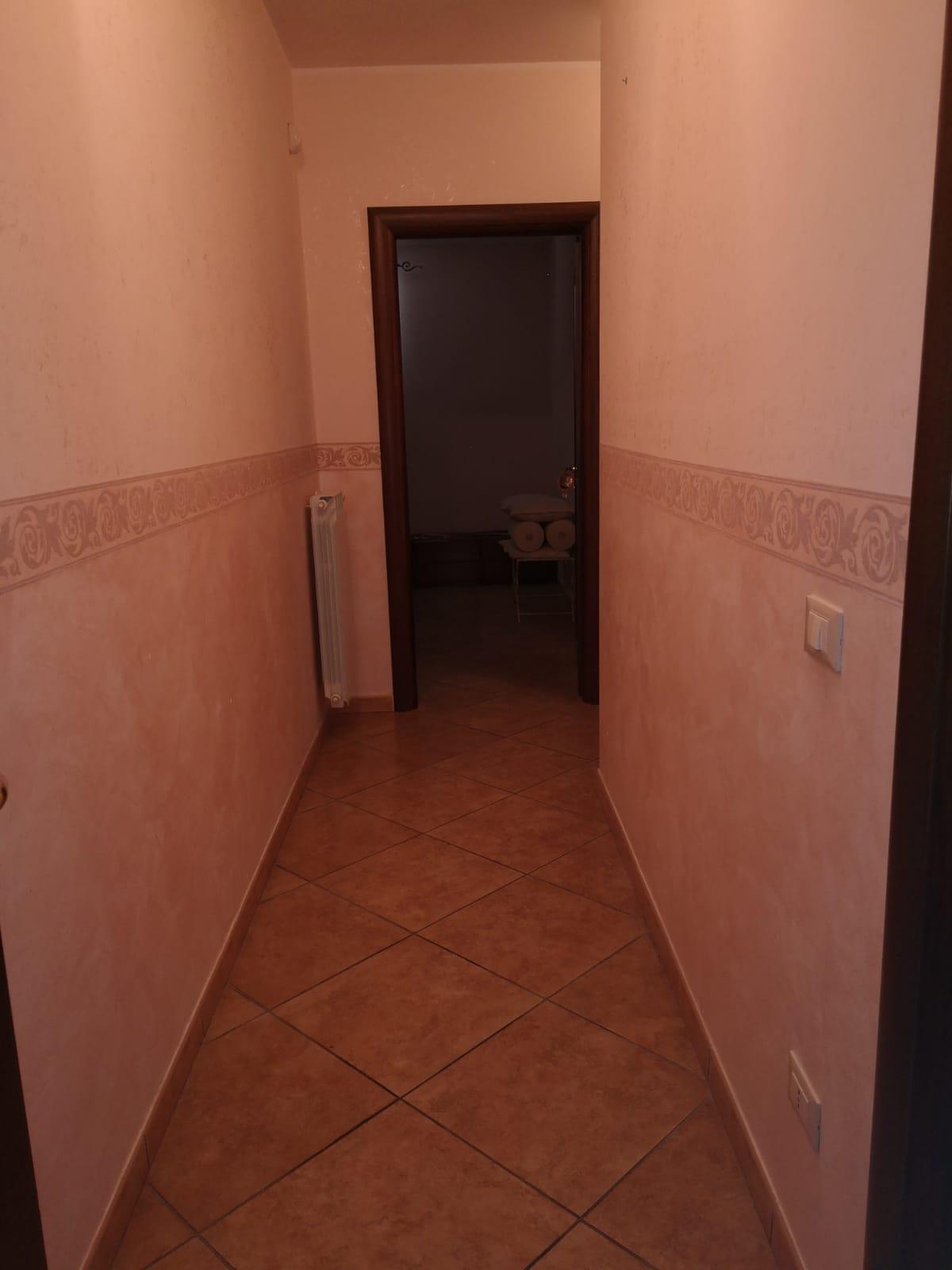https://www.progettocasa1.it/immagini_immobili/05-08-2020/appartamento-vendita-colleferro-roma-via-oriana-fallaci-672.jpg