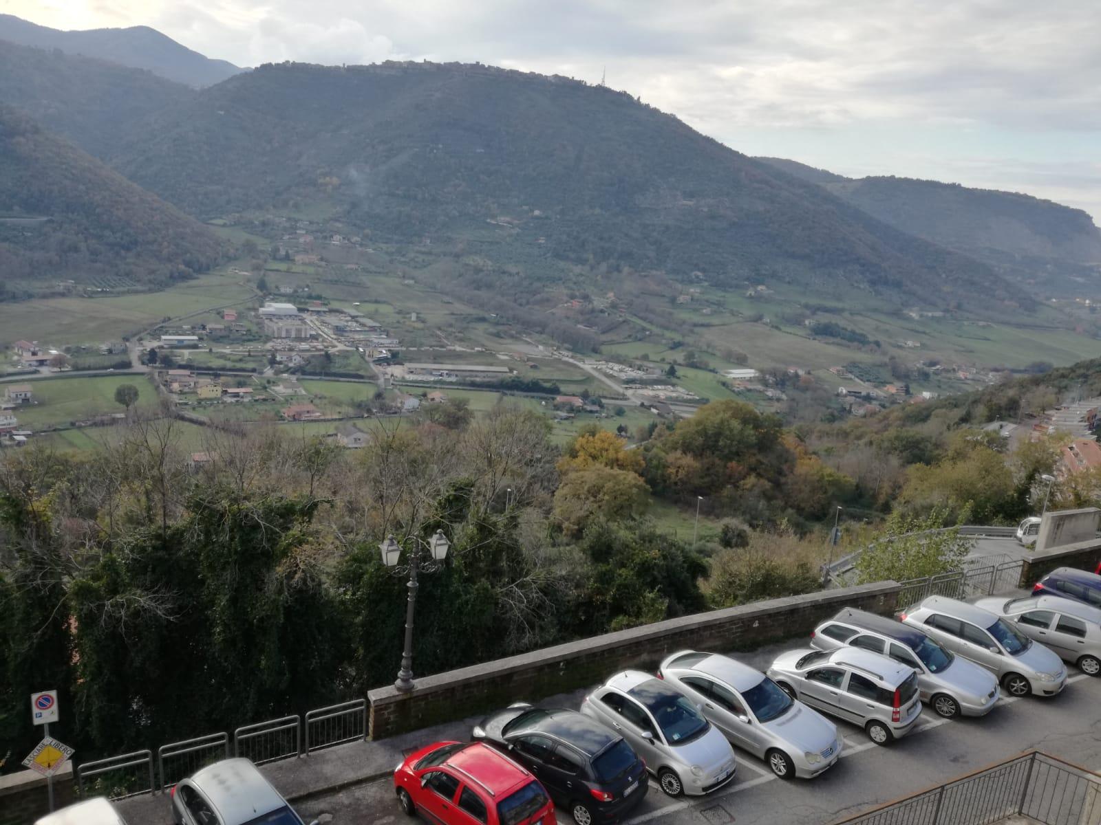 https://www.progettocasa1.it/immagini_immobili/05-12-2018/-vendita-gavignano-roma-via-regina-margherita-115-171.jpg