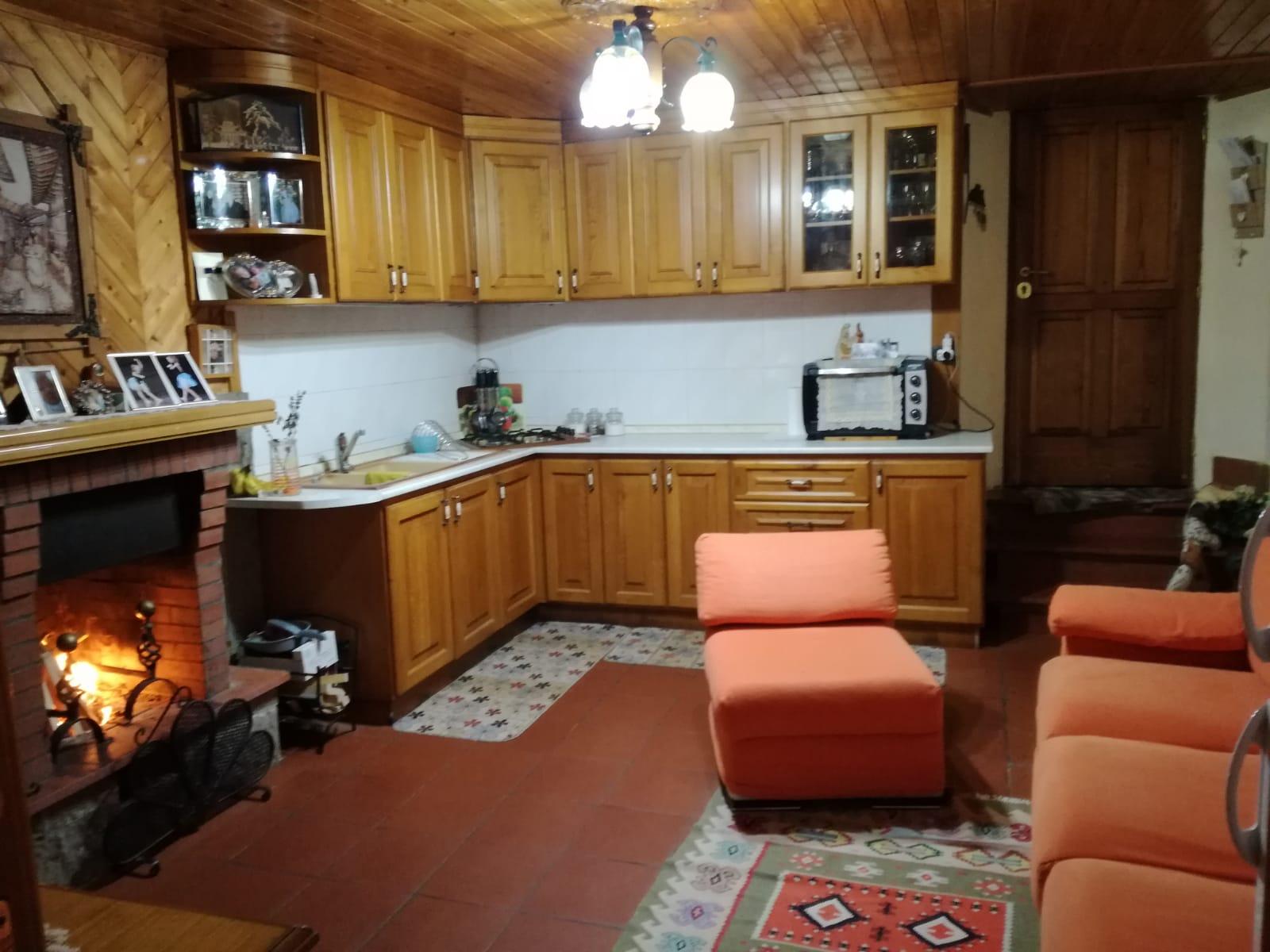 https://www.progettocasa1.it/immagini_immobili/05-12-2018/-vendita-gavignano-roma-via-regina-margherita-115-371.jpg