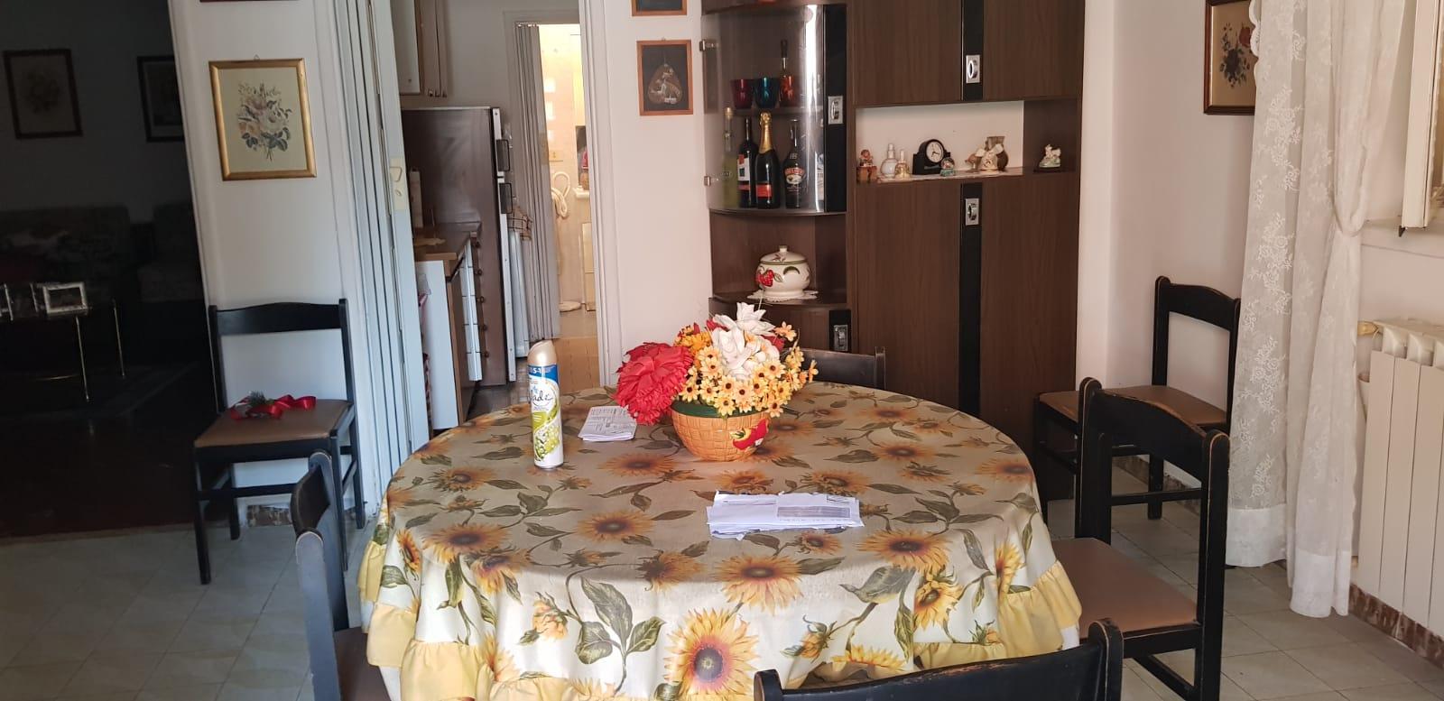 https://www.progettocasa1.it/immagini_immobili/06-02-2020/appartamento-vendita-colleferro-roma-via-pontinia-54-525.jpg
