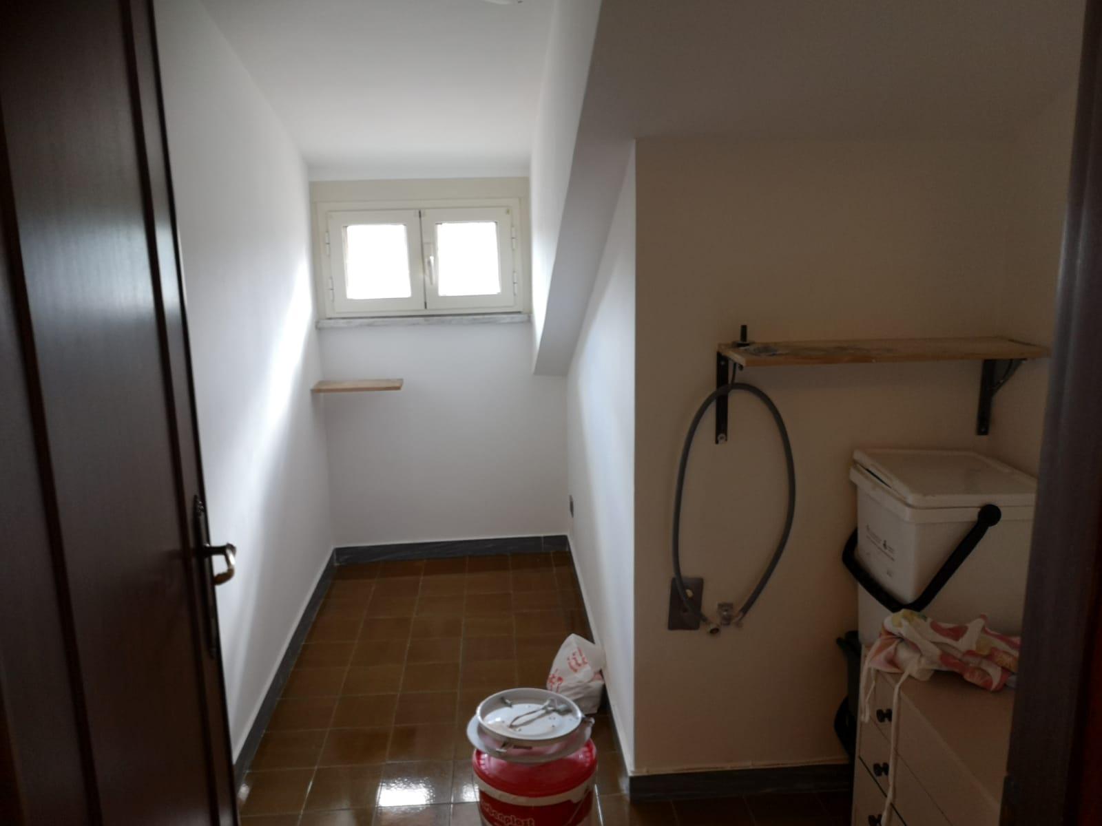 https://www.progettocasa1.it/immagini_immobili/06-03-2020/appartamento-affitto-colleferro-roma-via-consolare-latina-257-708.jpg