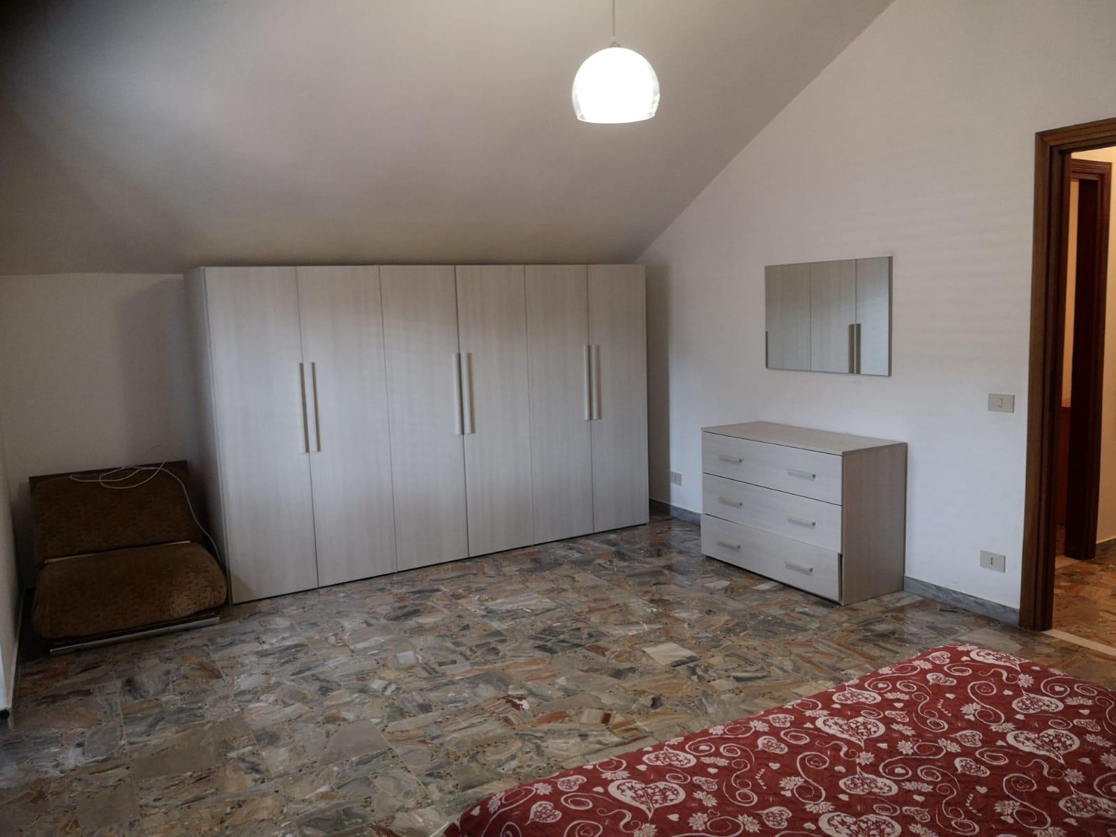https://www.progettocasa1.it/immagini_immobili/06-03-2020/appartamento-affitto-colleferro-roma-via-consolare-latina-257-710.jpg