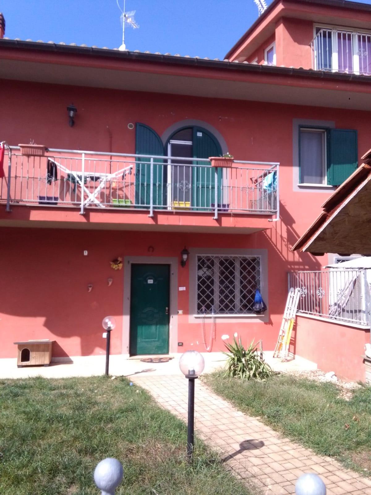 https://www.progettocasa1.it/immagini_immobili/06-06-2019/soluzione-indipendente-affitto-colleferro-roma-via-latina-244-414.jpg