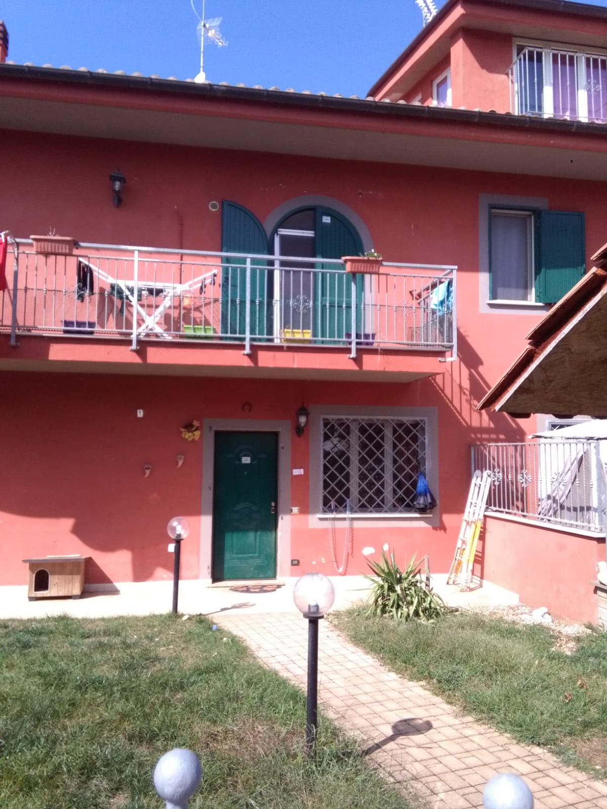 https://www.progettocasa1.it/immagini_immobili/06-06-2019/soluzione-indipendente-affitto-colleferro-roma-via-latina-244-551.jpg