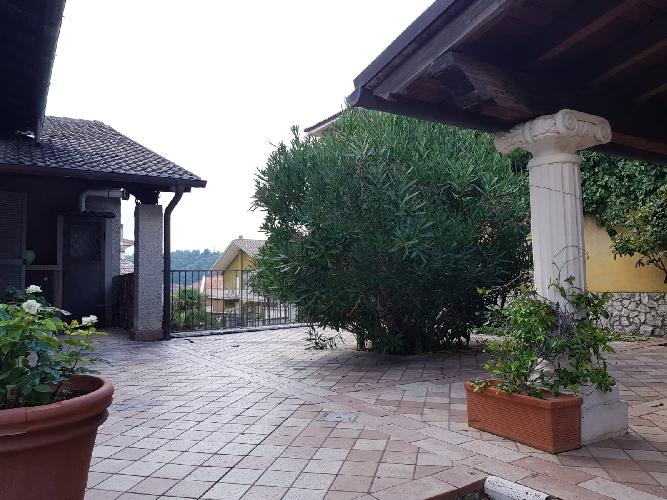 https://www.progettocasa1.it/immagini_immobili/06-09-2019/appartamento-affitto-segni-roma-via-delle-mele-940.jpg
