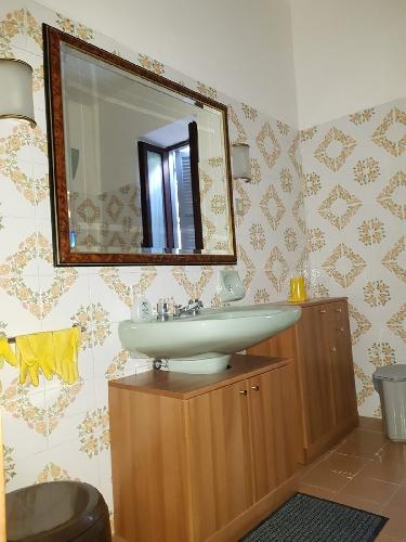 https://www.progettocasa1.it/immagini_immobili/06-09-2019/appartamento-affitto-segni-roma-via-delle-mele-946.jpg