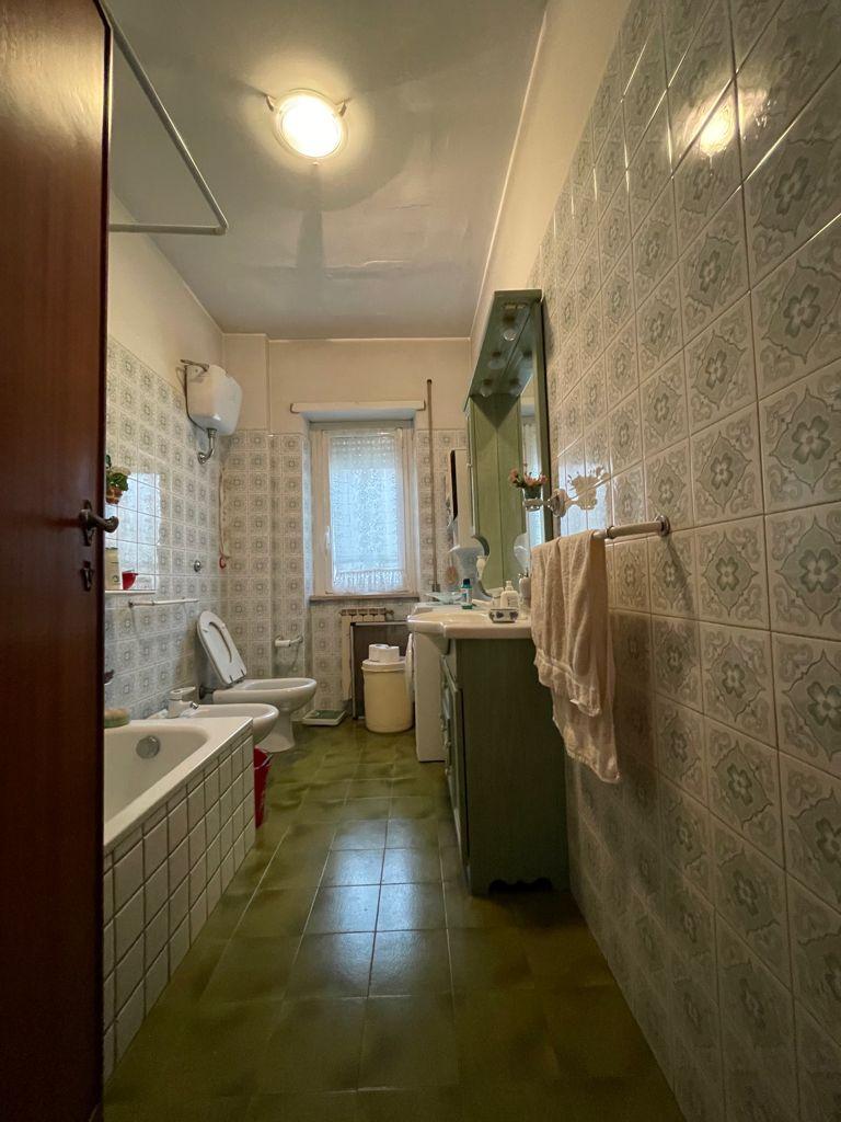 https://www.progettocasa1.it/immagini_immobili/06-09-2021/appartamento-vendita-colleferro-roma-via-giusti40-757.jpg
