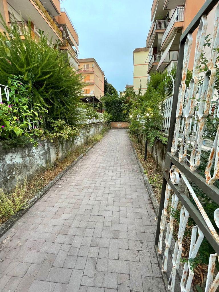 https://www.progettocasa1.it/immagini_immobili/06-09-2021/appartamento-vendita-colleferro-roma-via-giusti40-761.jpg