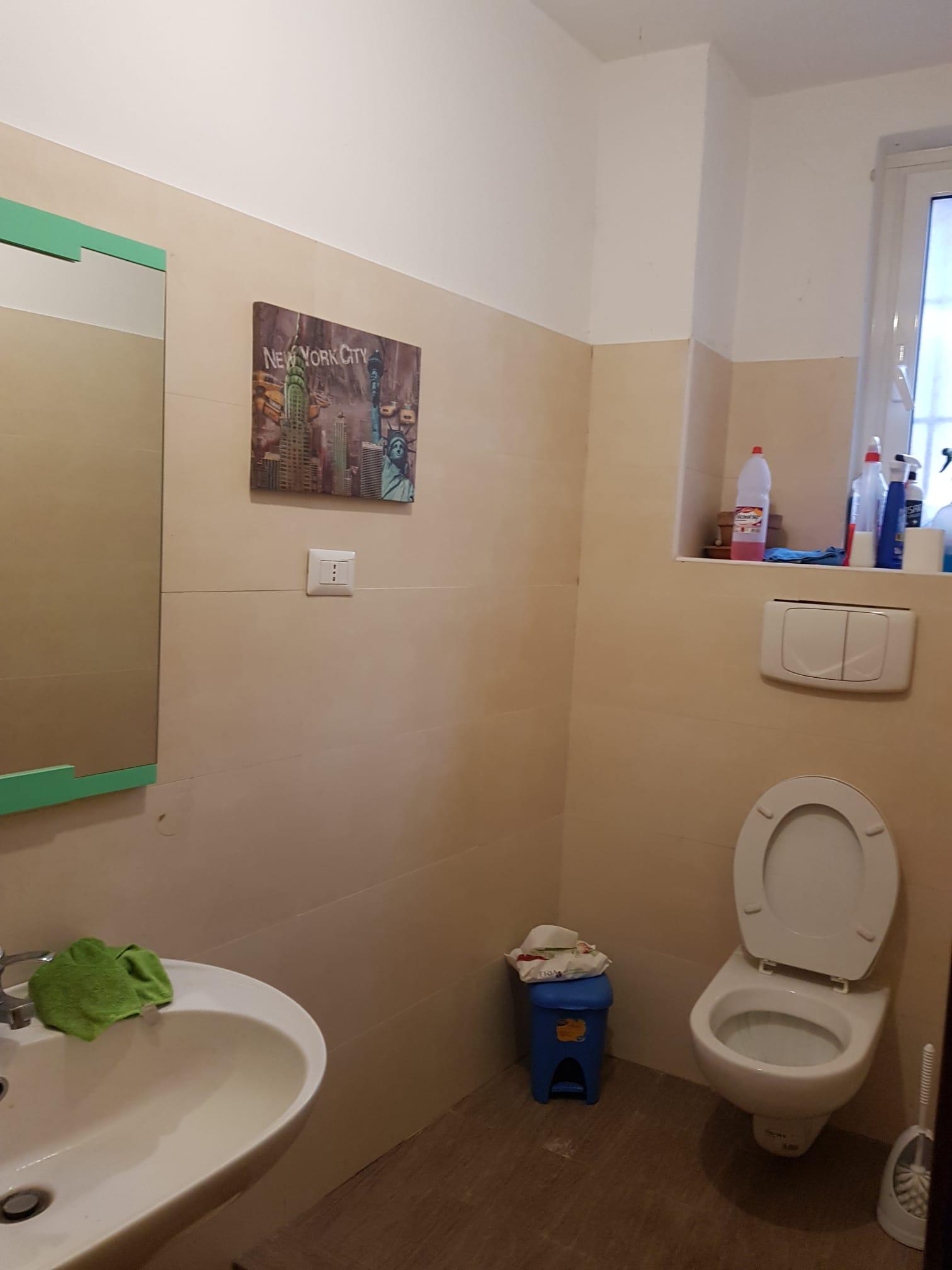 https://www.progettocasa1.it/immagini_immobili/07-01-2021/locale-commerciale-vendita-colleferro-roma-via-consolare-latina66-855.jpg
