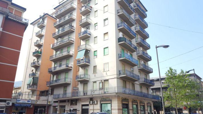http://www.progettocasa1.it/immagini_immobili/07-04-2017/appartamento-vendita-colleferro-roma-corso-filippo-turati-31.jpg