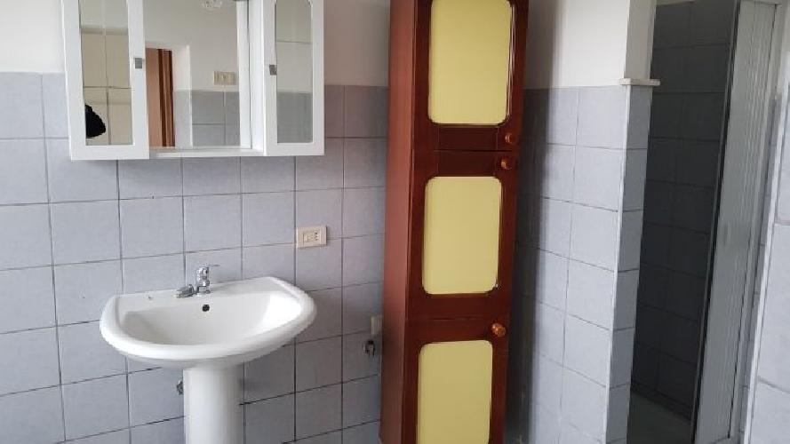 https://www.progettocasa1.it/immagini_immobili/07-05-2018/appartamento-affitto-colleferro-roma-via-vittorio-emanuele-443.jpg
