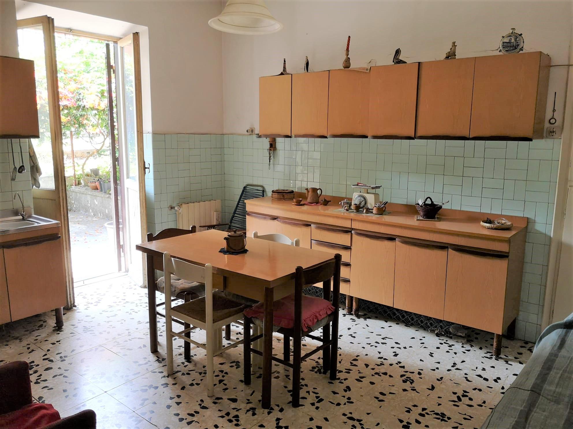 https://www.progettocasa1.it/immagini_immobili/07-07-2020/appartamento-vendita-colleferro-roma-via-pietro-metastasio10-584.jpg