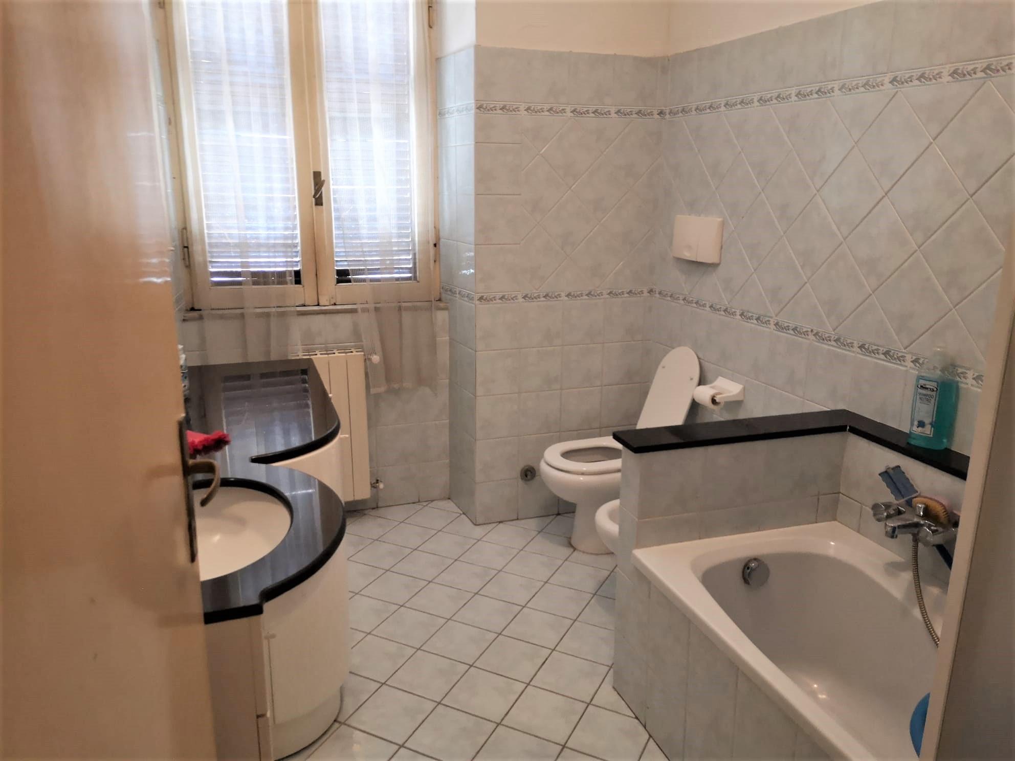https://www.progettocasa1.it/immagini_immobili/07-07-2020/appartamento-vendita-colleferro-roma-via-pietro-metastasio10-683.jpg