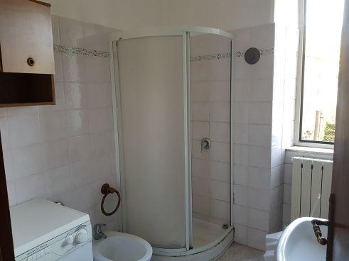 https://www.progettocasa1.it/immagini_immobili/07-10-2019/soluzione-indipendente-vendita-colleferro-roma-via-vittorio-emanuele-265.jpg