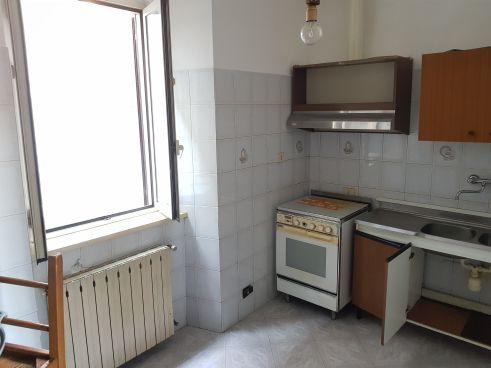 https://www.progettocasa1.it/immagini_immobili/07-10-2019/soluzione-indipendente-vendita-colleferro-roma-via-vittorio-emanuele-292.jpg